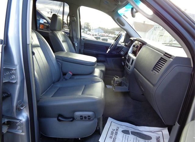 2008 Dodge Ram 2500 ST ST 4dr Quad Cab full