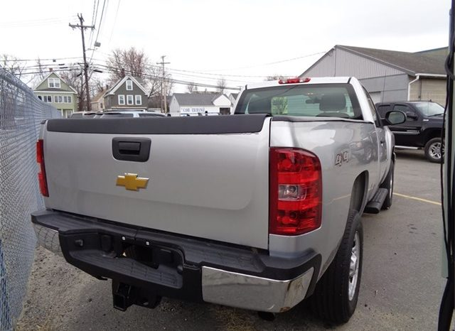 2014 Chevrolet Silverado 2500 Work Truck full