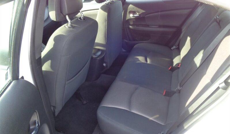 2014 Dodge Avenger SE full