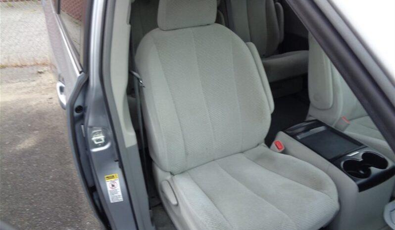 2011 Toyota Sienna LE 8-Passenger full