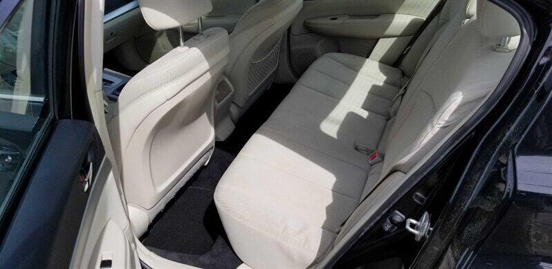 2011 Subaru Legacy 2.5i Premium full