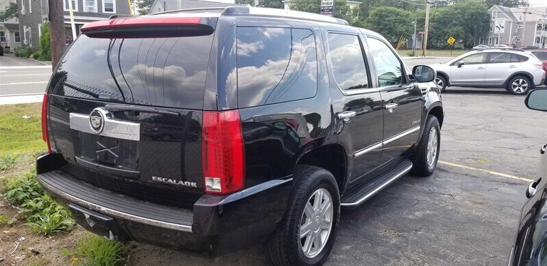 2010 Cadillac Escalade full